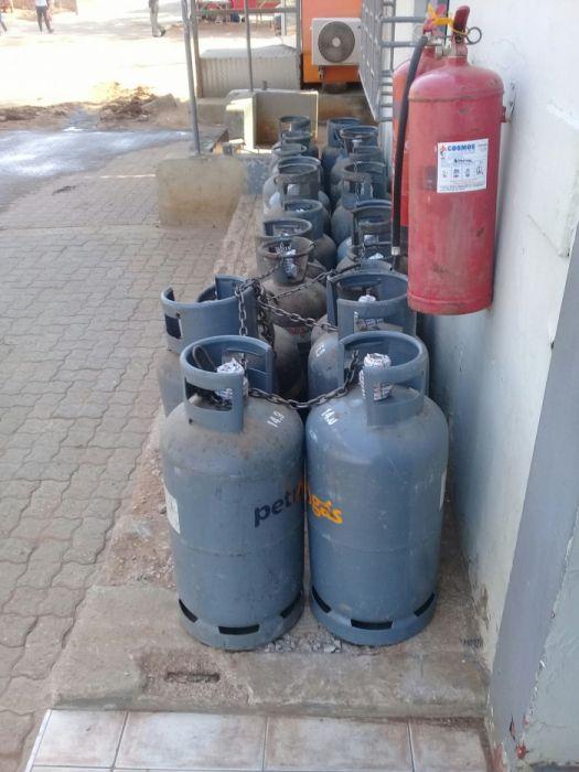 vendo botijas de gás full 9kg laulane mercado