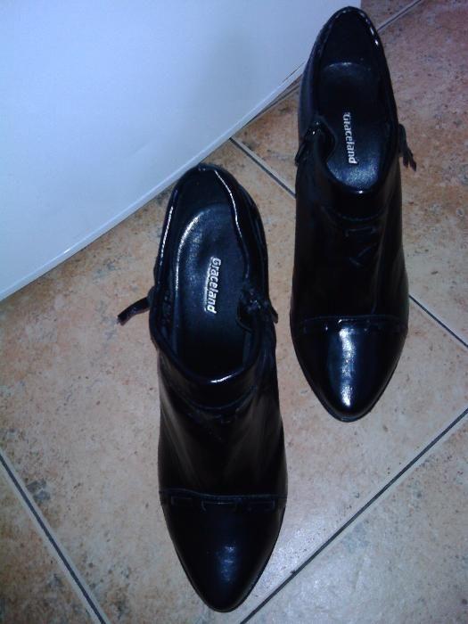 """Дамски обувки """"Graceland""""с висок ток"""