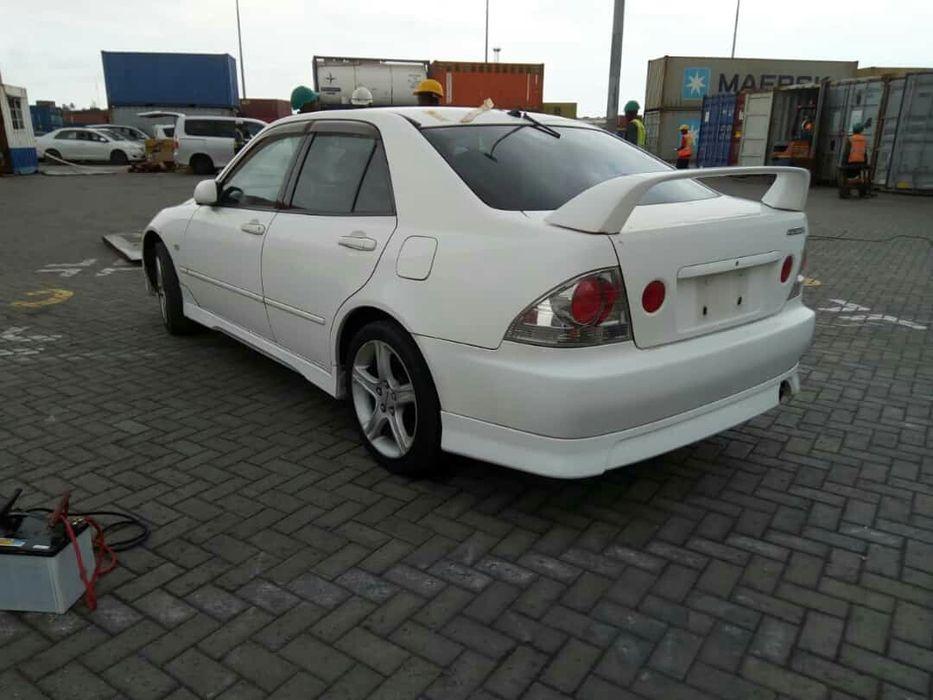 Toyota alteza