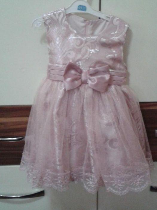 Уникално красиви рокли
