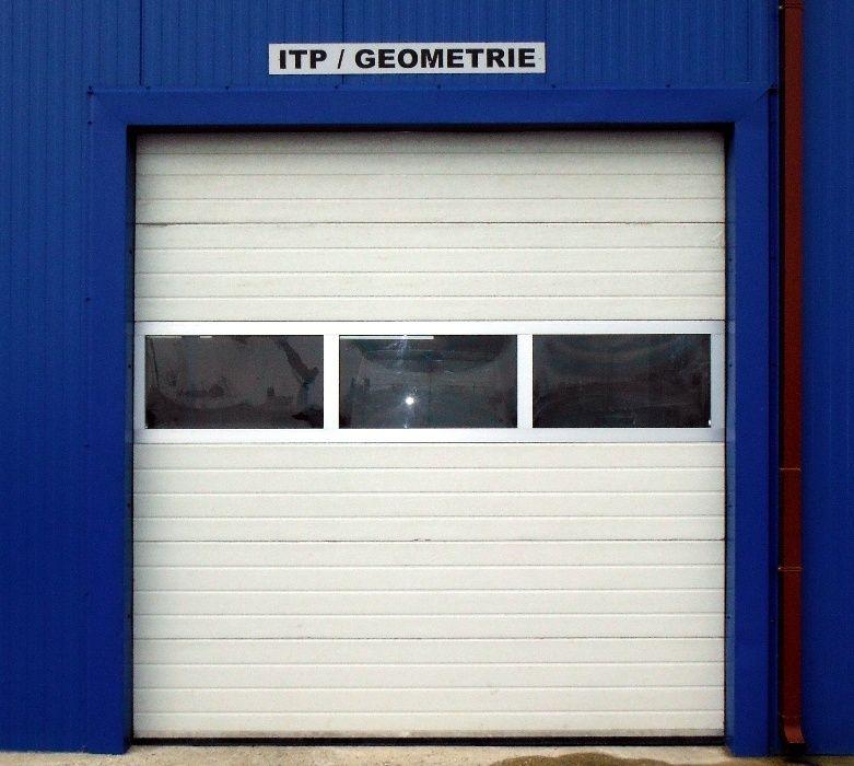Usa industriala sectionala izolata 3000L/3000H standard la 709 euro