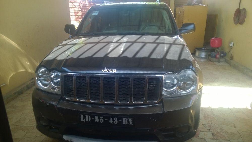 Vendo excelente Jeep grand cherokee V8