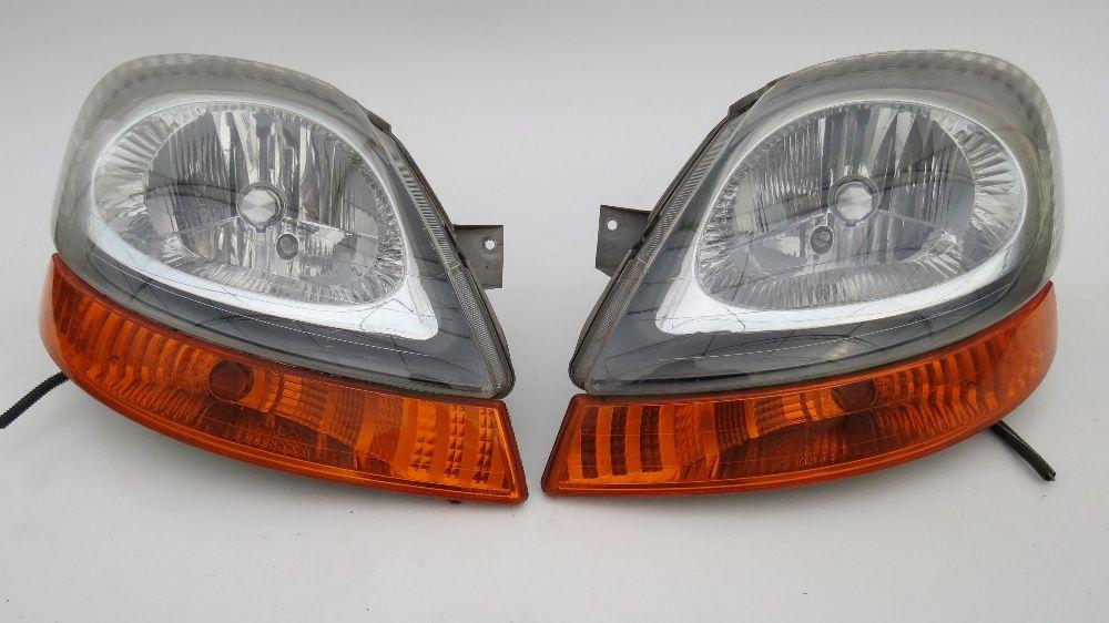 Renault Trafic Фар Фарове Мигачи Стоп Стопове и Маска Рено Трафик 2005