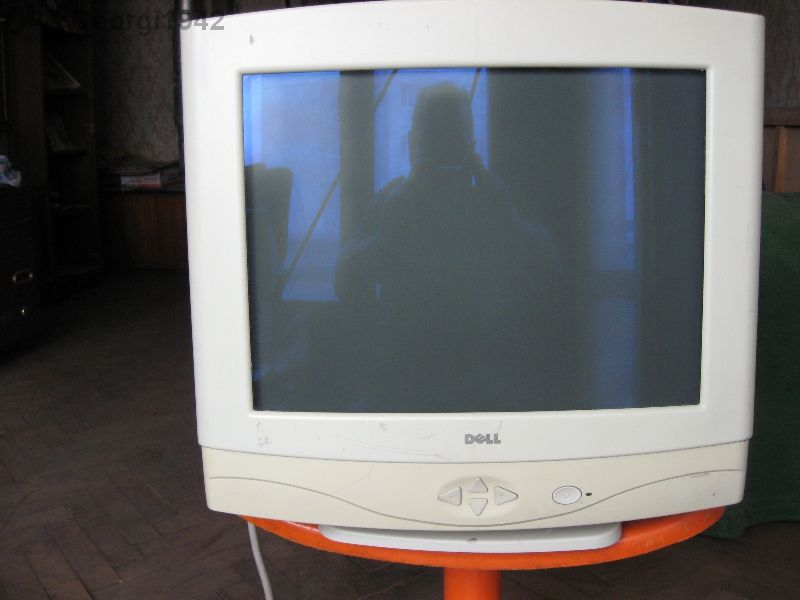"""Продавам монитор за компютър марка - """"dell"""", модел - тх 78682."""