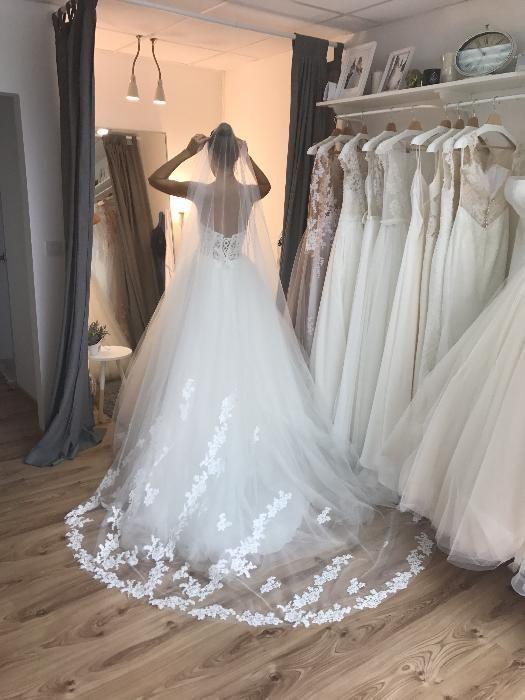 Булчинска рокля, модел 2017 г. с воал