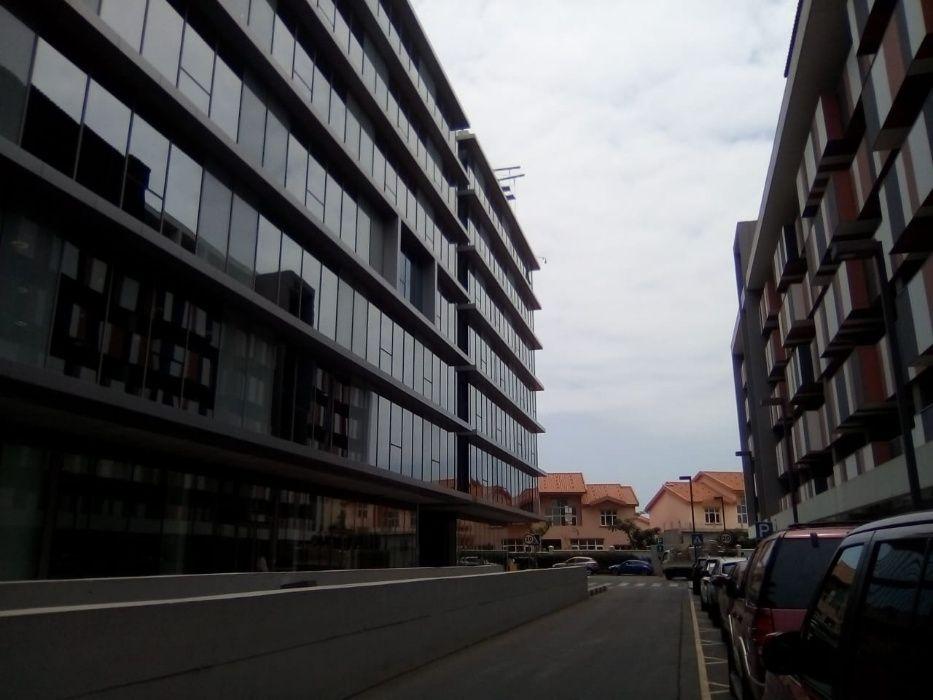 myhouseangola.com Vende Escritório de 211 m2 - Cidade Financeira