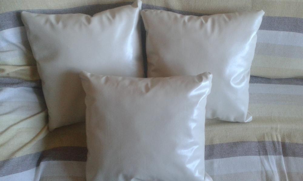 Продавам декоративни възглавници