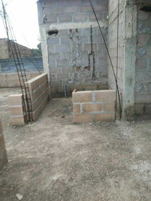 Vendo uma casa inacabada e uma dependência tipo 1 suite na de ISTEG Machava - imagem 7