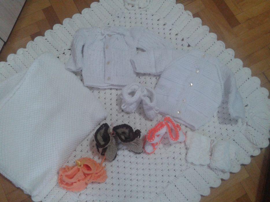 Плетени комплекти,ръчно плетиво от сръчните ръце на баба