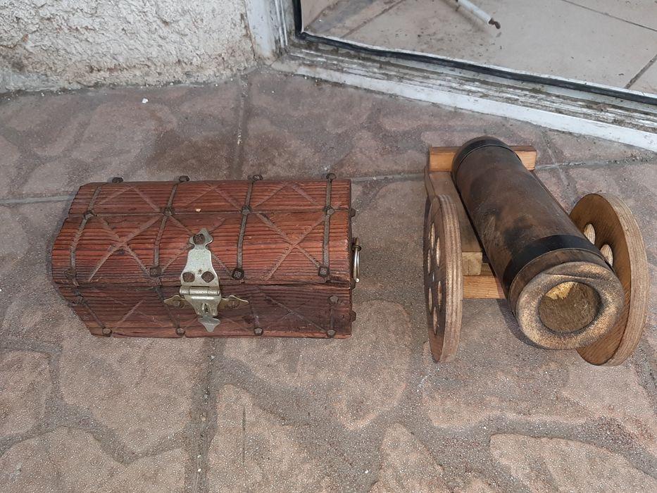 Дървена ретро ракла за бижута