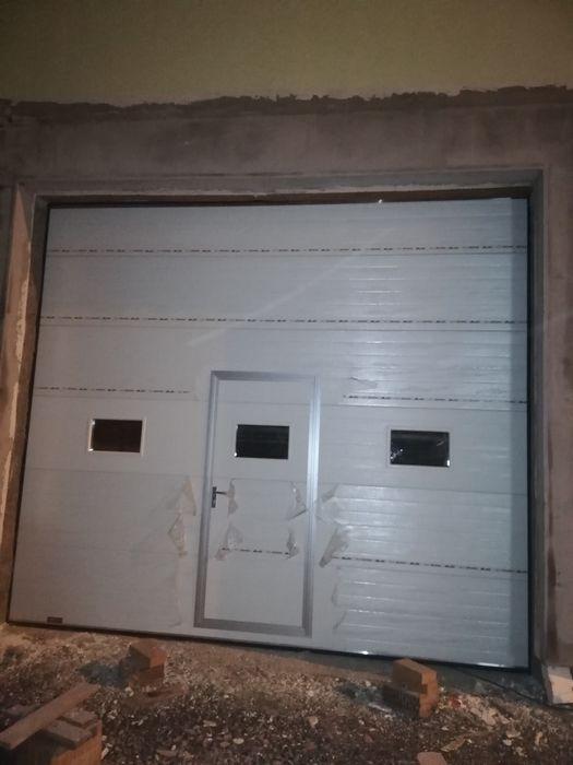 Ușa de garaj sectionala cu automatizare!
