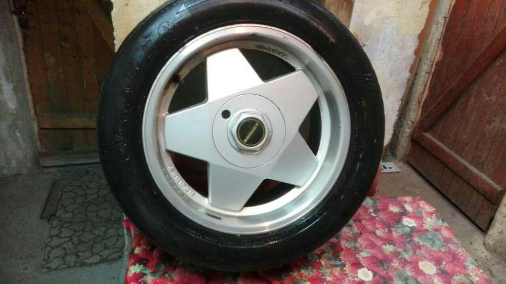 Продавам лети джанти с гуми за bmw