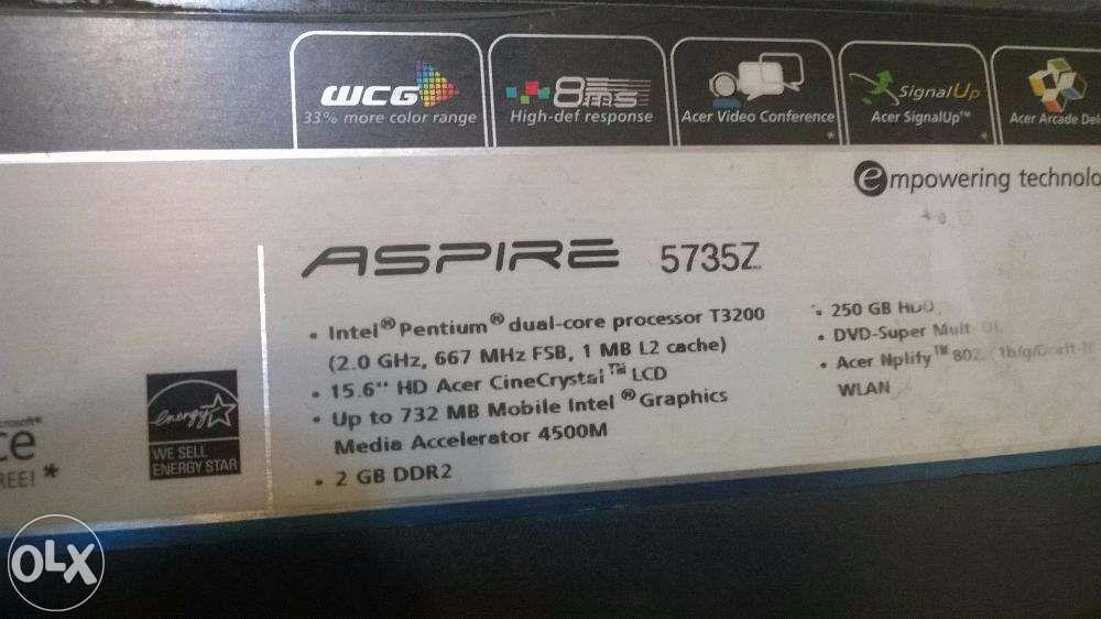 Laptop ACER aspire 5735z