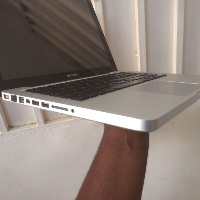 Mac Book Pro Core i5