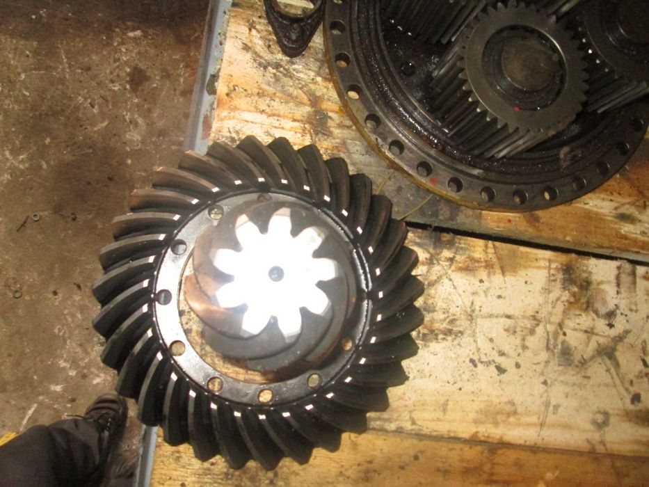 Grup conic ZF 4460 305 534 31:9 867