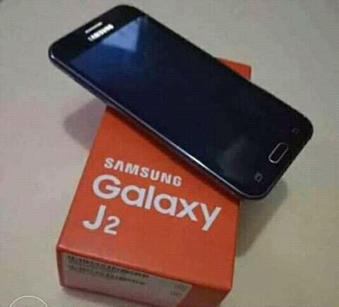 Samsung J2 disponível