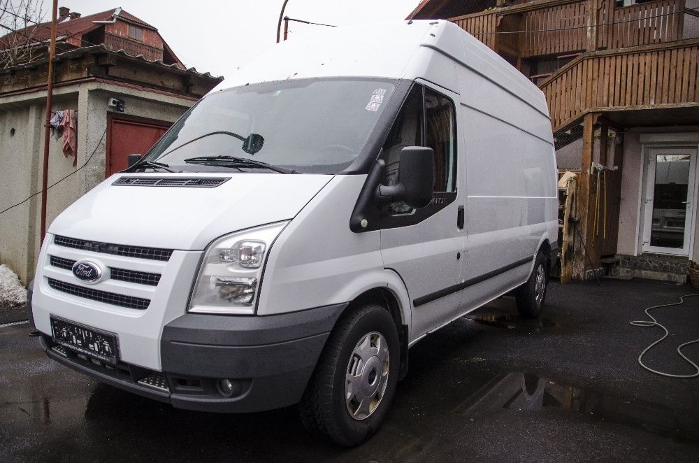 Ford Transit TREND 2.2 140cp lung/inalt