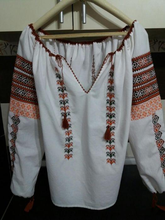Ie şi rochie tradițională(se fac la comandă)