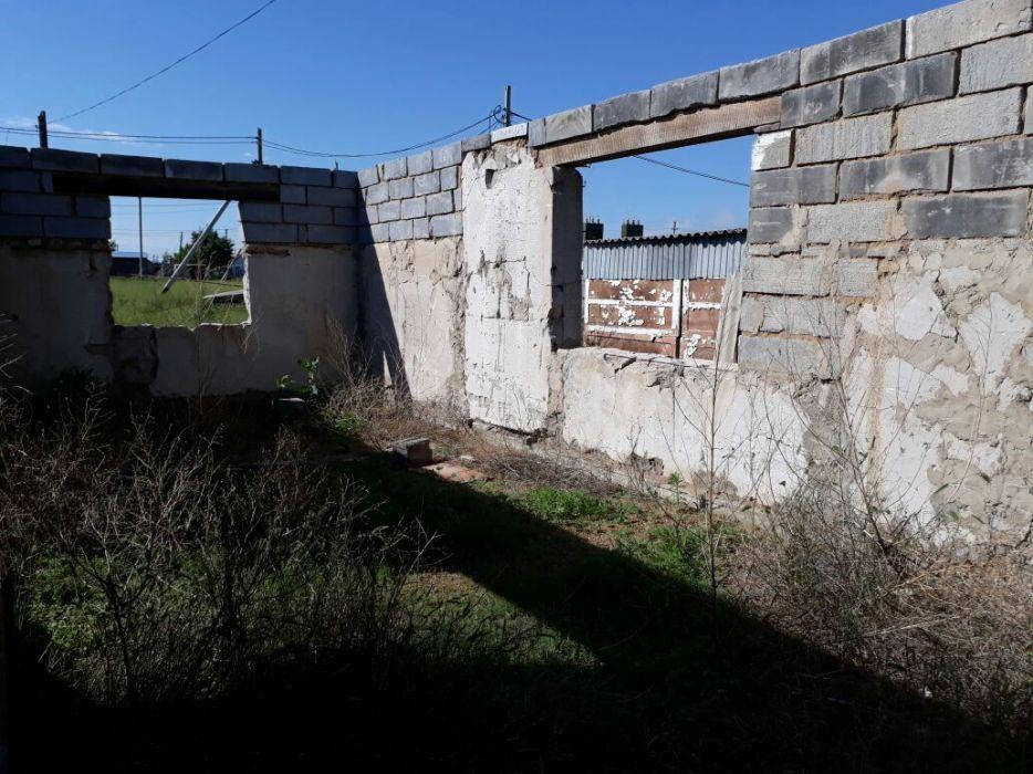 Недостроенный дом на кв.малосемейку