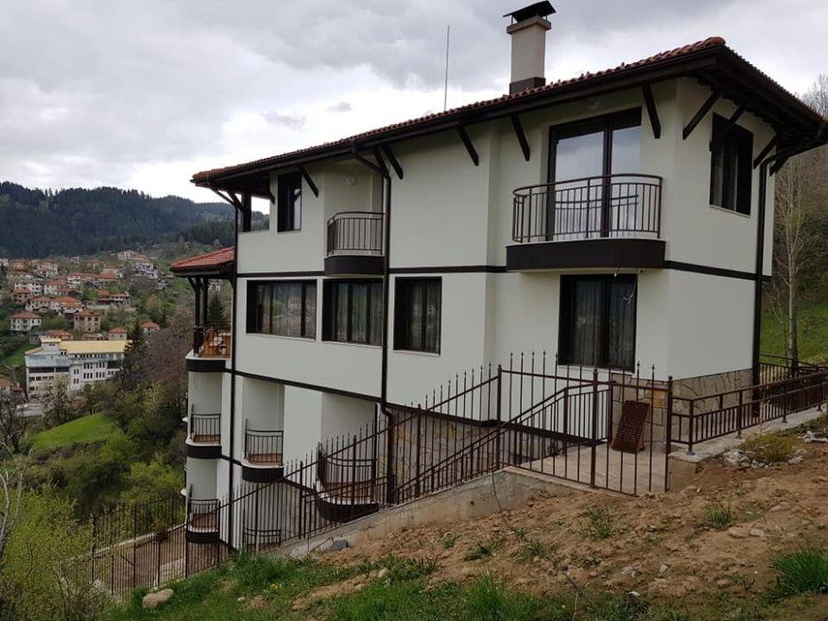 Къща за гости Мечата Дупка с.Момчиловци