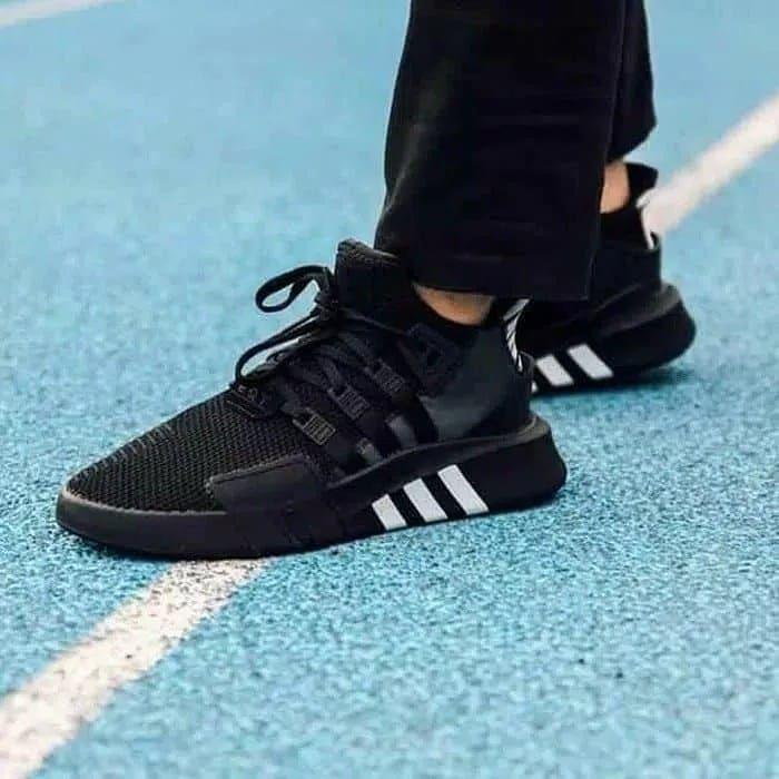 Adidas.. - Moda - olx.co.mz - página 71 6490e603210