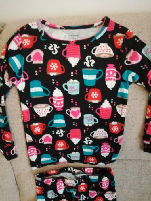 Pijamale superbe Carter's ,3 ani