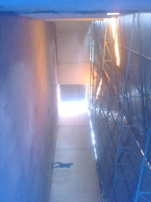 Arrenda-se armazém no Morro Bento- Toyota de Angola
