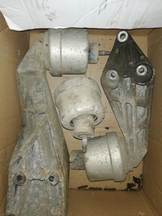 Tampoane motor Opel Vectra b