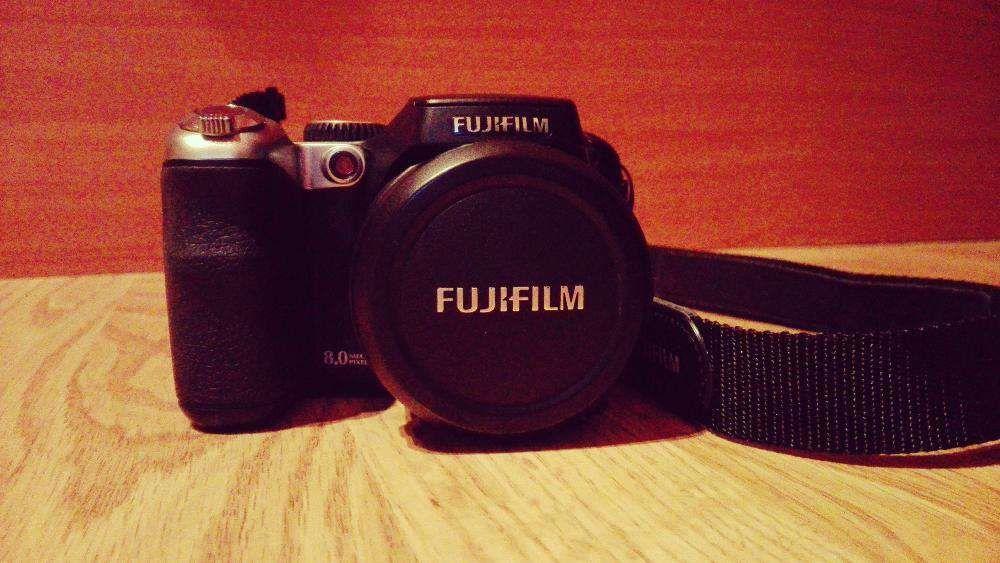 Vand aparat foto Fujifilm Finepix S8000fd 8MP