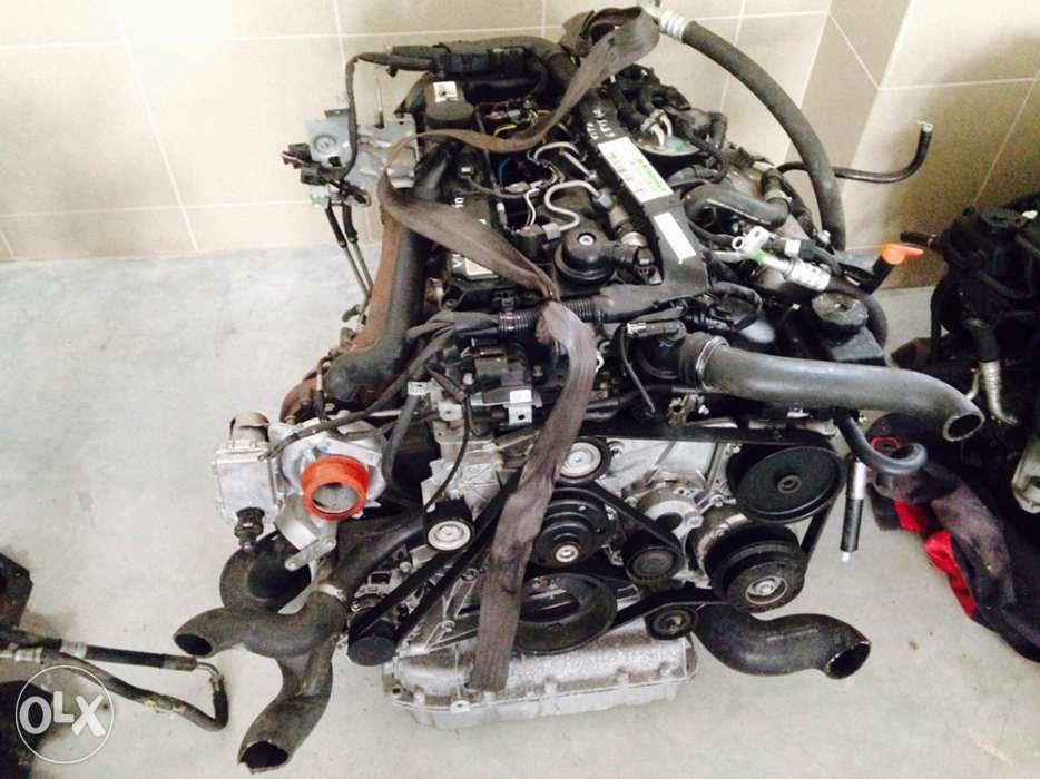 Motor Mercedes C Class W205