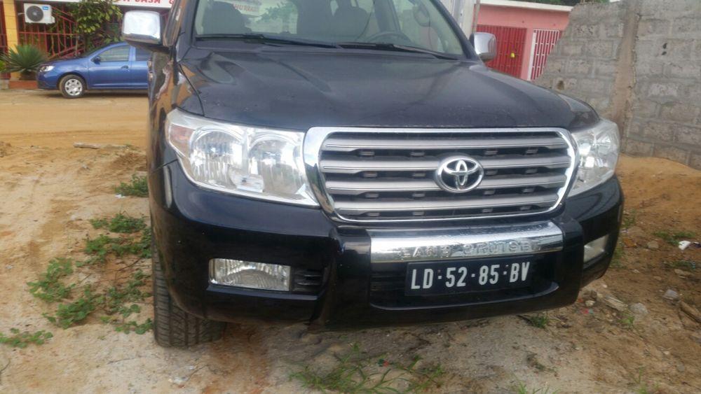 Vendo este Toyota Land cruiser atenção impecável