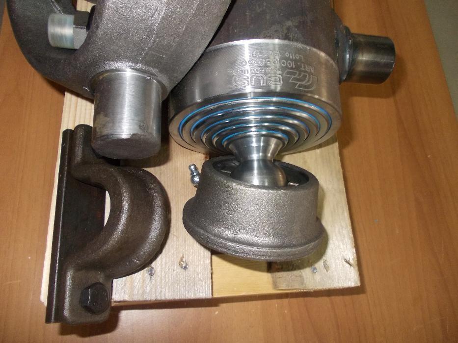 Cilindru de basculare kit complet sasiu import ITALIA - 7 Tone remorca