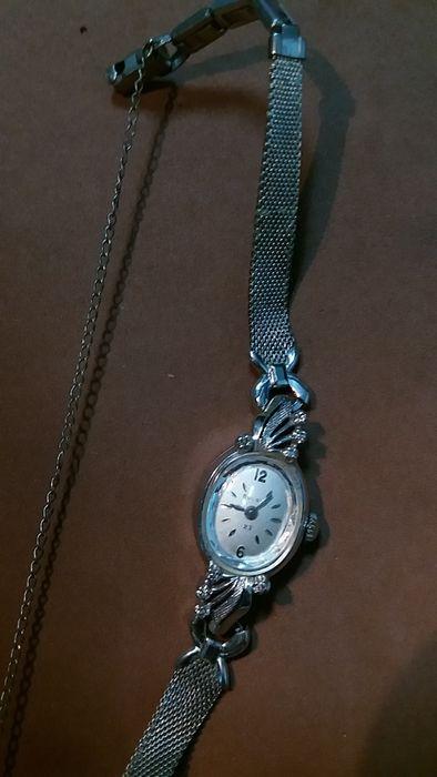 ceas aur alb 14k +8 diamante Bulova Bucuresti - imagine 4