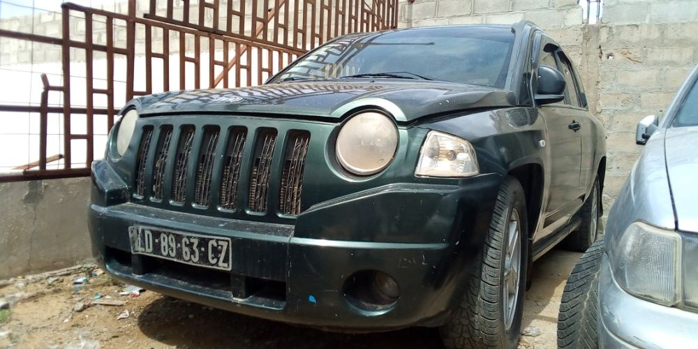 Jeep está a venda