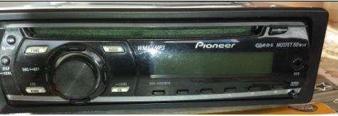 Продавам оригинално радио СД CD за VW Touran Passat Кади