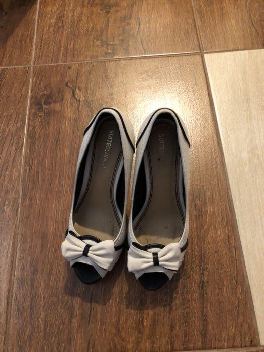 Vand pantofi piele marca Blanco,mas 37