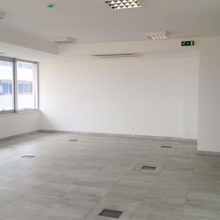 Vendemos Edifício Escritórios Condomínio Dolce Vita Talatona - imagem 3