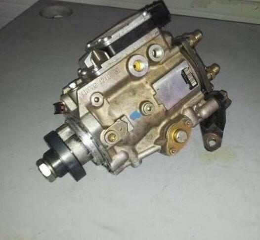 Pompa injectie Ford Tranzit 2.0 , 2.4 terminatie cod 010