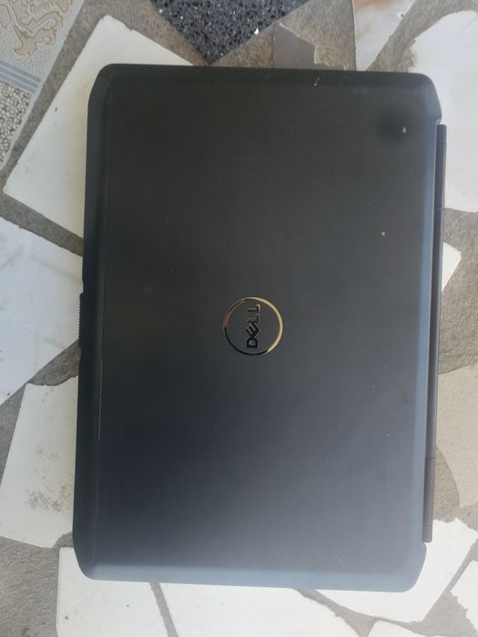Laptop Dell i5 HD 500gb ram 4gb conserva carga 4h