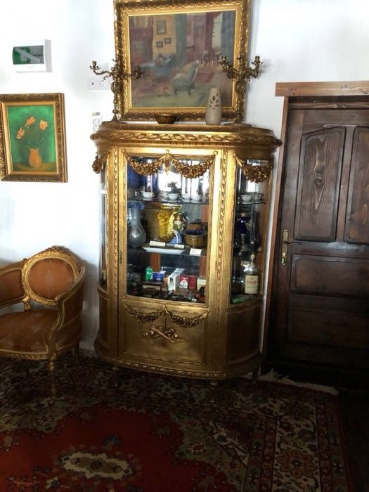 Vitrina salon Loius/Ludovic XVI originala.