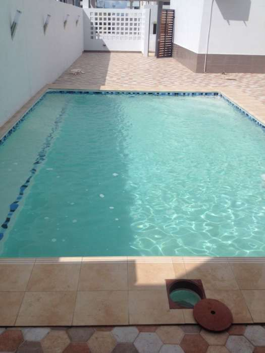Construimos piscinas,em qual quer espaço,piscinas com bêtao armado