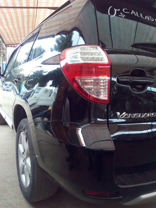 Vendo Toyota Vanguard novo e acessível do mercado