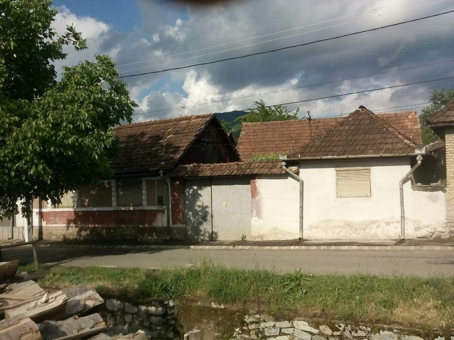 Casa cu gradina in Pietroasa