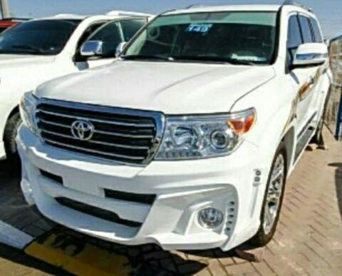 Toyota Lande Cruiser V8