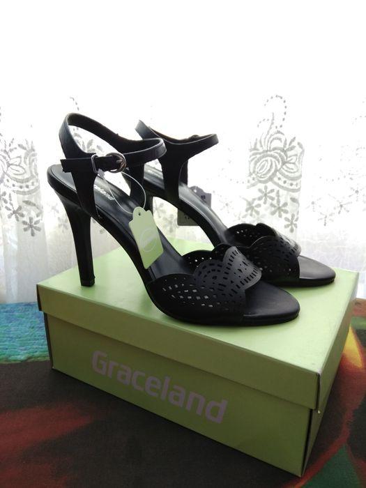 Нови дамски сандали на висок ток Graceland