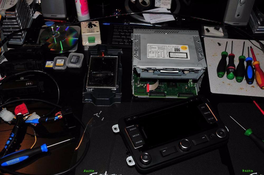 Reparatii, service Navigatii VW RNS 510 Resoftare/Codare/Montaj/Repar Braila - imagine 2