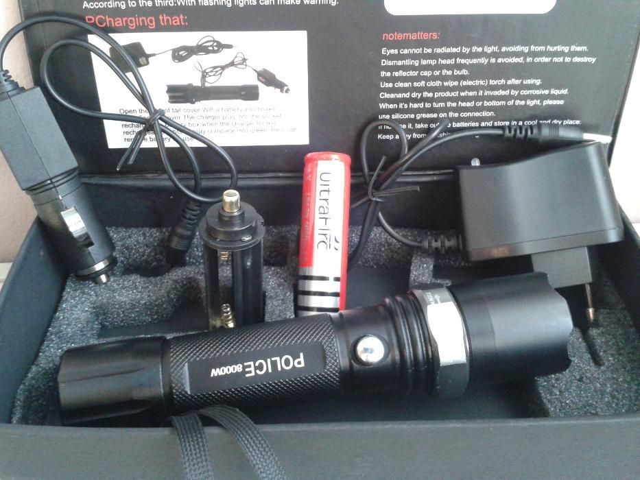 LED фенер Police с акумулаторна батерия