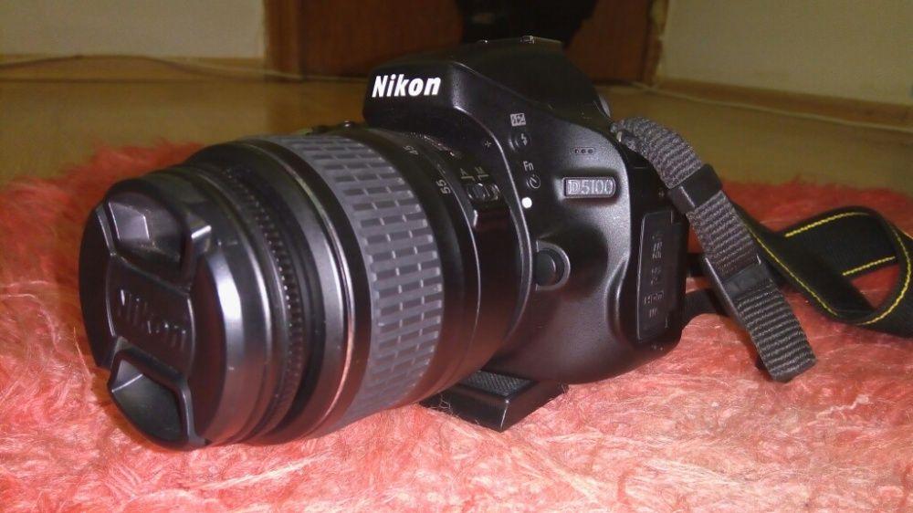 De vânzare NIKON D5100 sau schimb Cu AUR,,