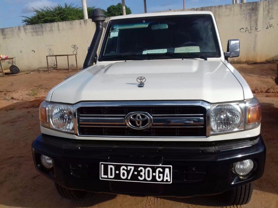 Vende-se este Toyota lander Cruise