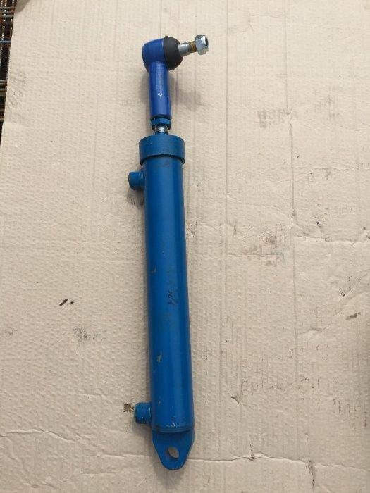 cilindru directie universal pentru tractor